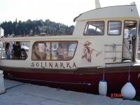 Vožnja z ladjico Solinarka, Obala