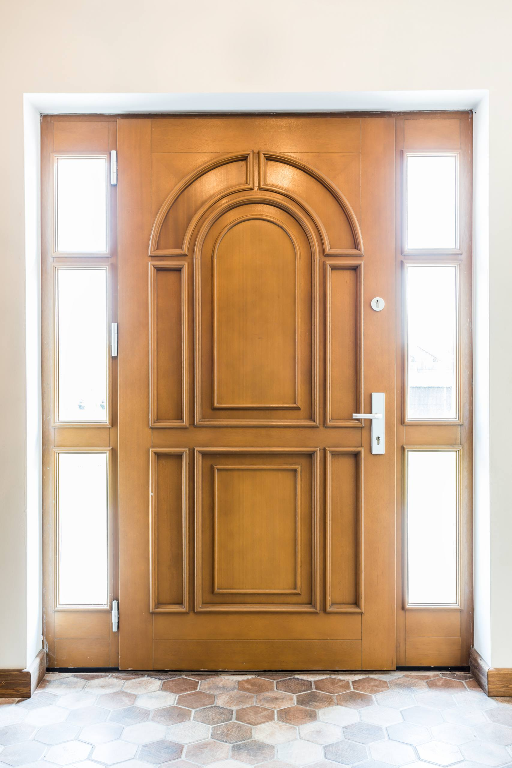 Vhodna vrata – Prava vrata za domačo hišo