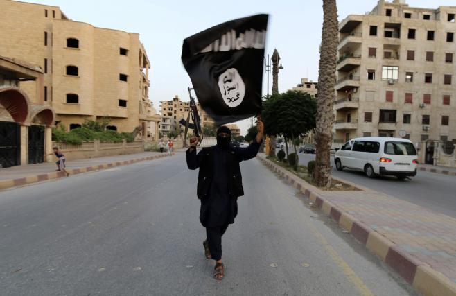Isis nadaljuje z grožnjami. VIDEO