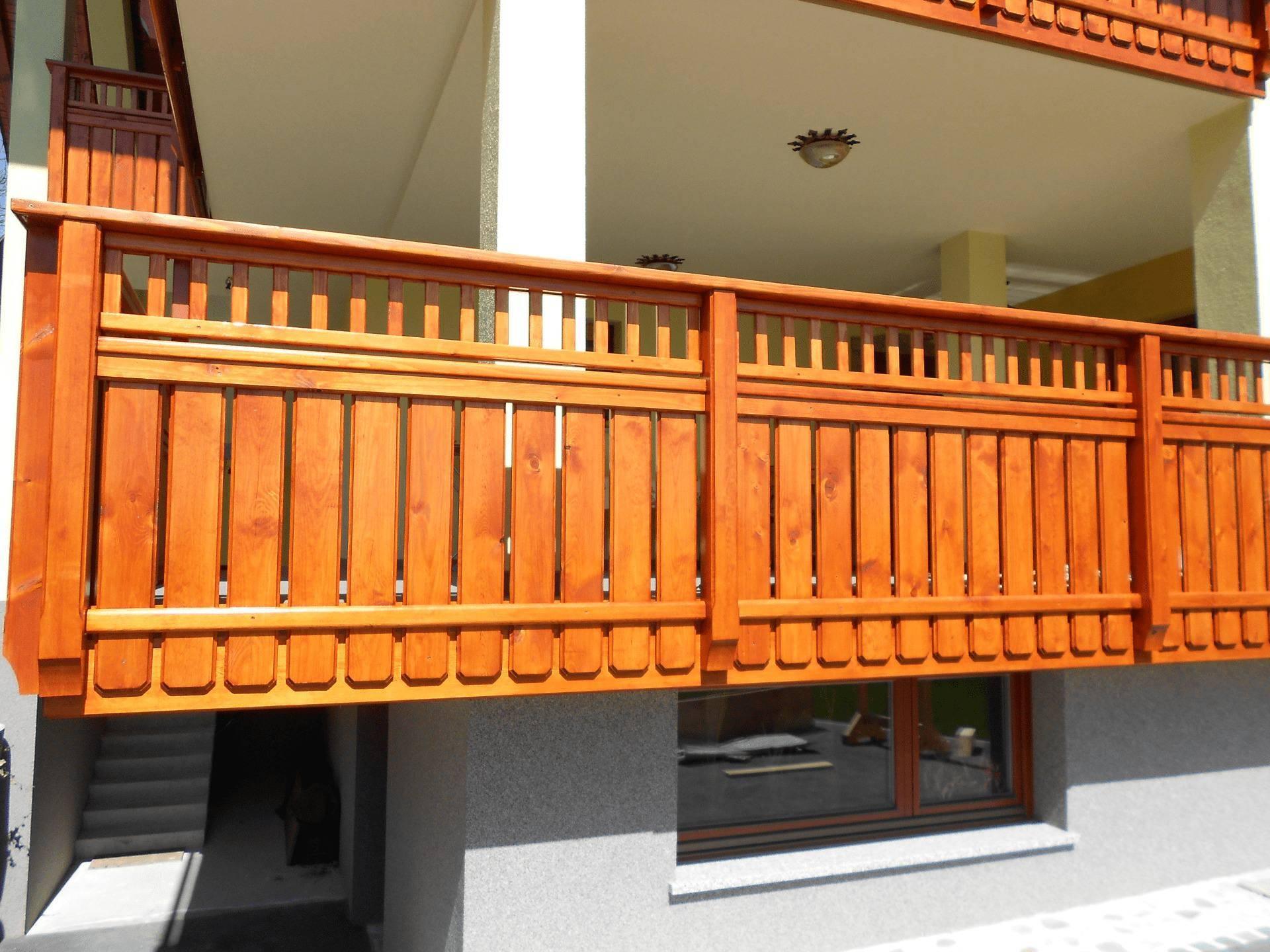 Kako primerno skrbeti za leseno ograjo?