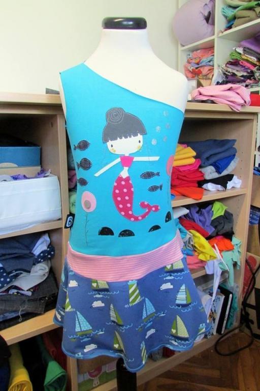 Šivanje otroških oblačil, športnih oblačil, udobnih oblačil gallery photo no.30
