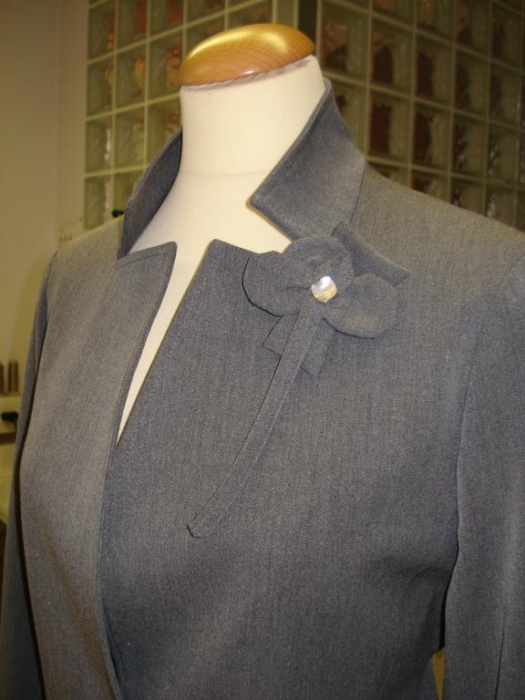 Ženska, moška oblačila po meri, modna oblačila, folklorna oblačila, svečane obleke, elegantne obleke, Primorska gallery photo no.0