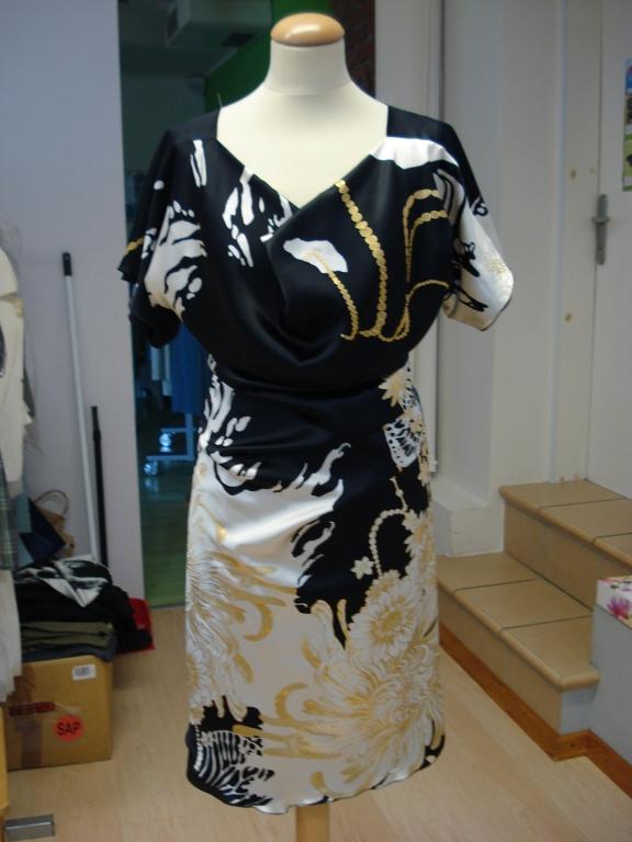 Ženska, moška oblačila po meri, modna oblačila, folklorna oblačila, svečane obleke, elegantne obleke, Primorska gallery photo no.5