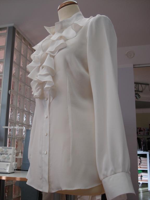 Ženska, moška oblačila po meri, modna oblačila, folklorna oblačila, svečane obleke, elegantne obleke, Primorska gallery photo no.13