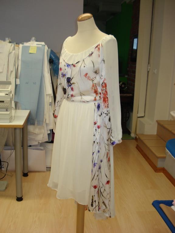 Ženska, moška oblačila po meri, modna oblačila, folklorna oblačila, svečane obleke, elegantne obleke, Primorska gallery photo no.31