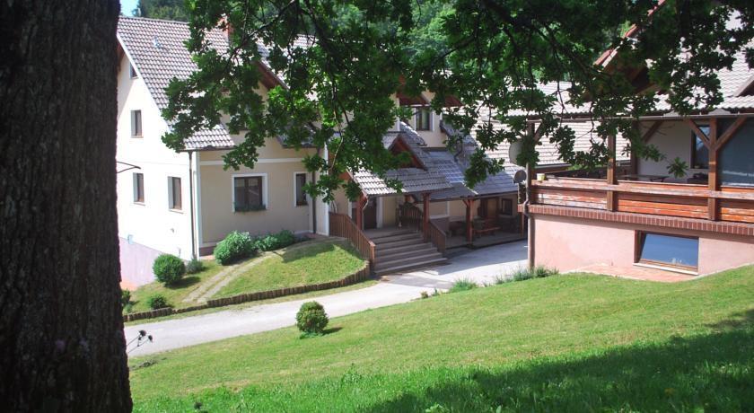 Prenočišča, turistična kmetija, rooms, Pr´ Dovar, Krvavec gallery photo no.14