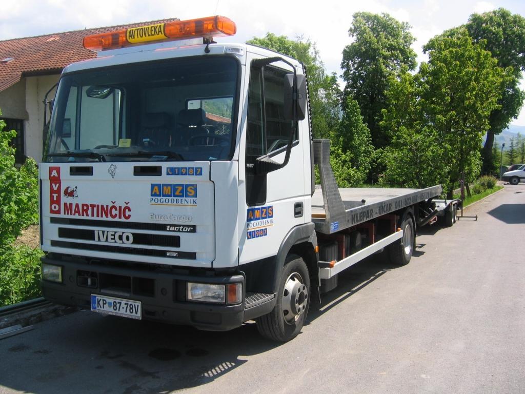 Avto Martinčič, Popravilo avtomobila po toči, Ilirska Bistrica, Obala Kras gallery photo no.10