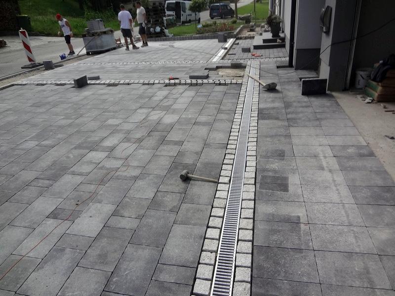 M-Gradnje, tlakovanje dvorišč, prenova kopalnic, Godovič gallery photo no.3