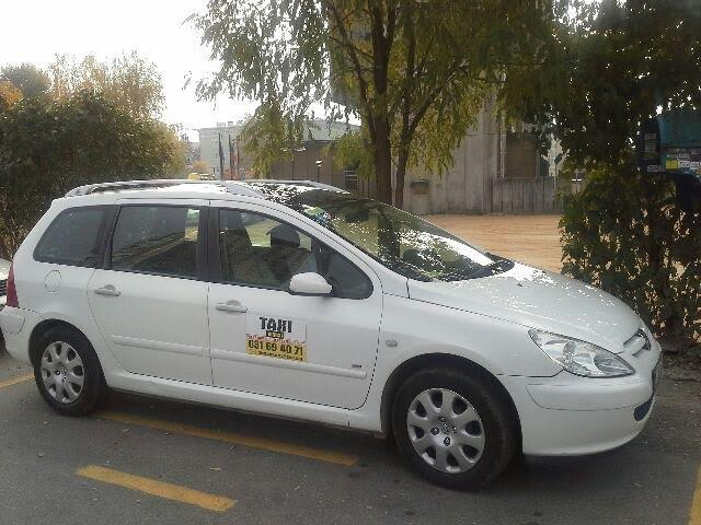 Taxi Maksi, airport Joze Pucnik, Brnik gallery photo no.3