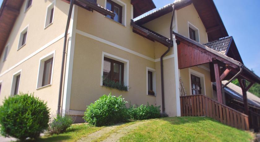Prenočišča, turistična kmetija, rooms, Pr´ Dovar, Krvavec gallery photo no.11