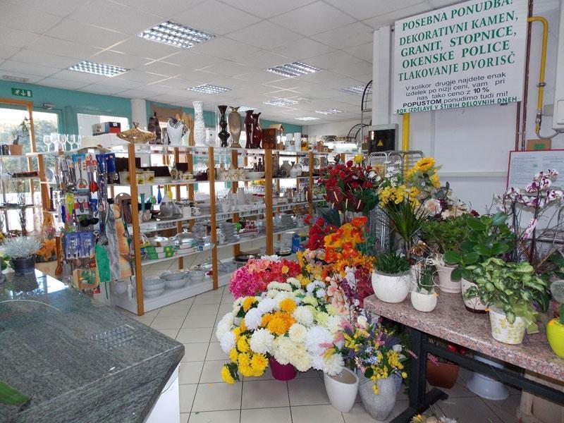 Cvetje in steklo, Apartmaji na otoku Krk, angus govedo, izdelki iz konoplje, Kirn gallery photo no.3