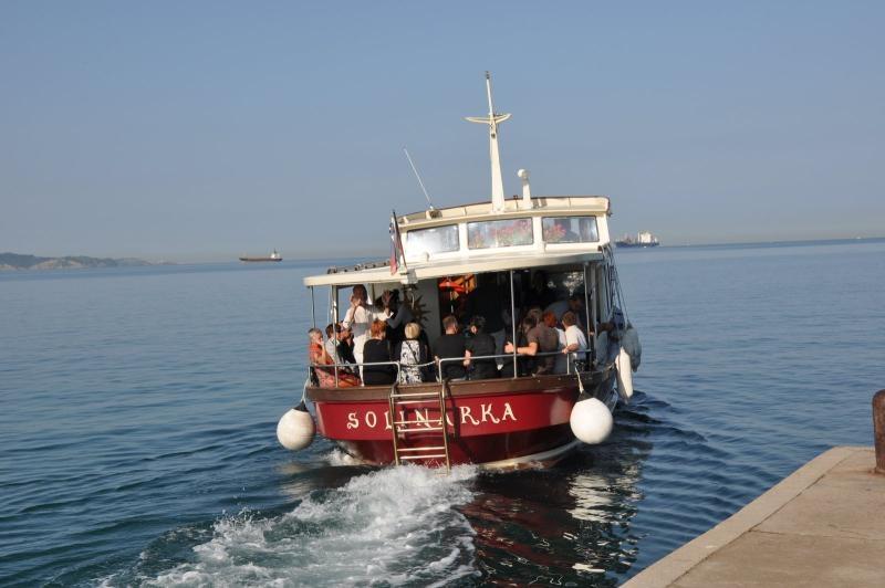 Vožnja z ladjico Solinarka, Obala gallery photo no.1