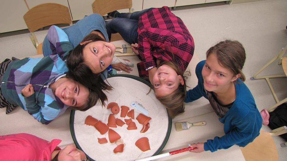 Arheološke izkustvene delavnice za otroke gallery photo no.14