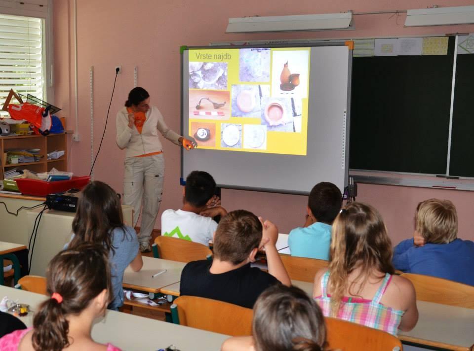 Arheološke izkustvene delavnice za otroke gallery photo no.8