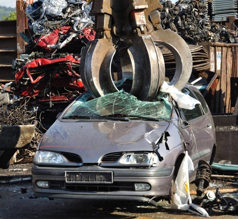 Avtovleka in razgradnja vozil Avto-Kras gallery photo no.7