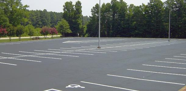 Barvanje talnih označb, barvanje cestnih črt, barvanje parkirišč gallery photo no.2
