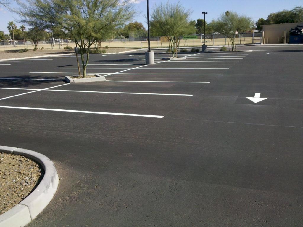 Barvanje talnih označb, barvanje cestnih črt, barvanje parkirišč gallery photo no.7