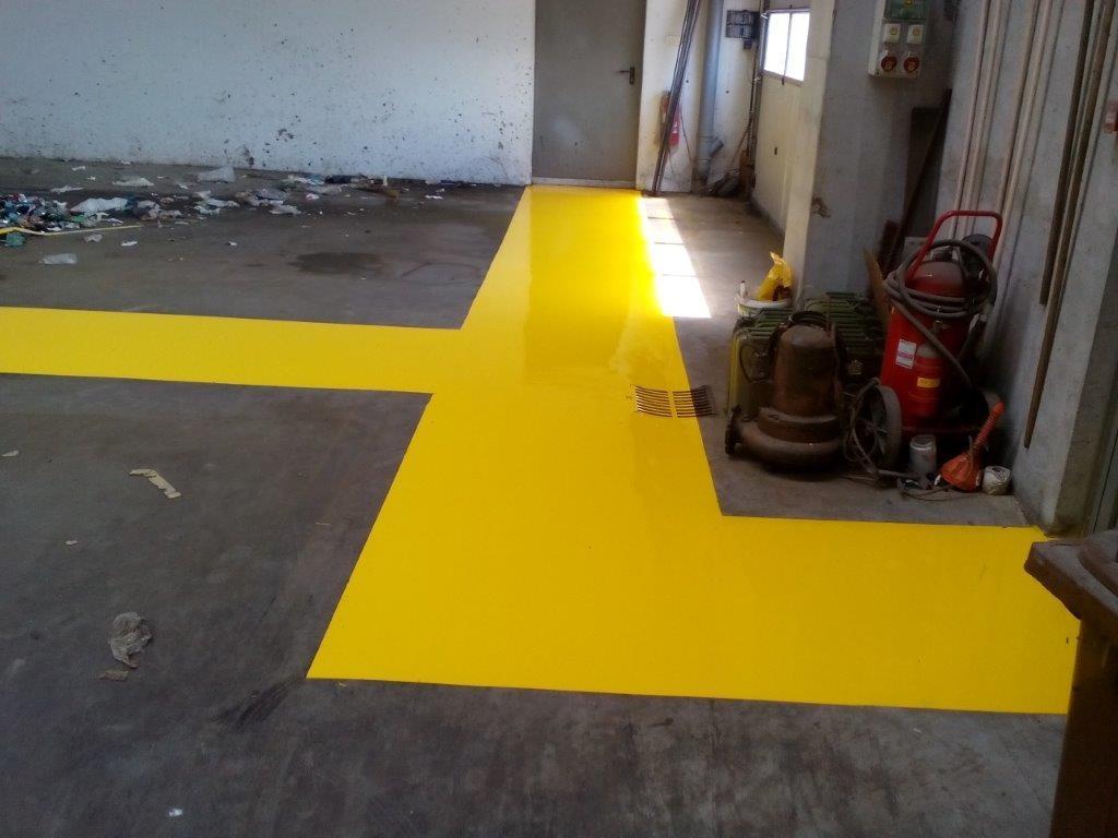 Barvanje talnih označb, barvanje cestnih črt, barvanje parkirišč gallery photo no.21