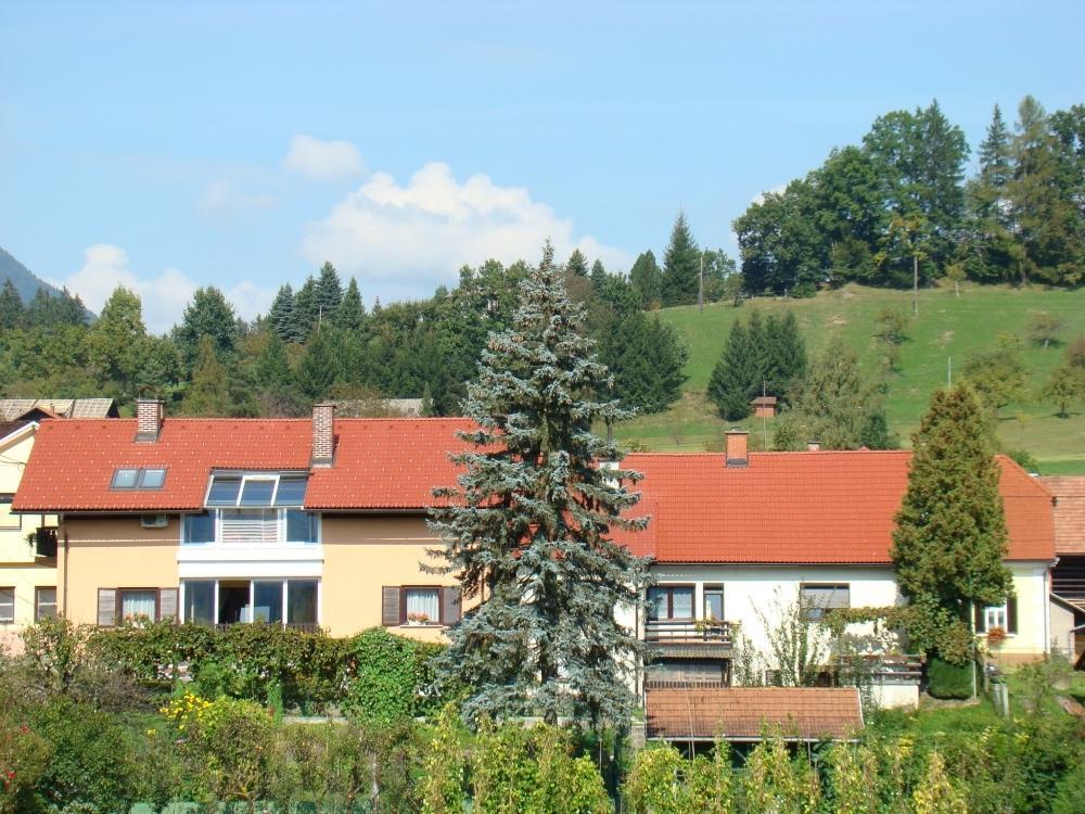 Betonski izdelki, strešniki Polak gallery photo no.6