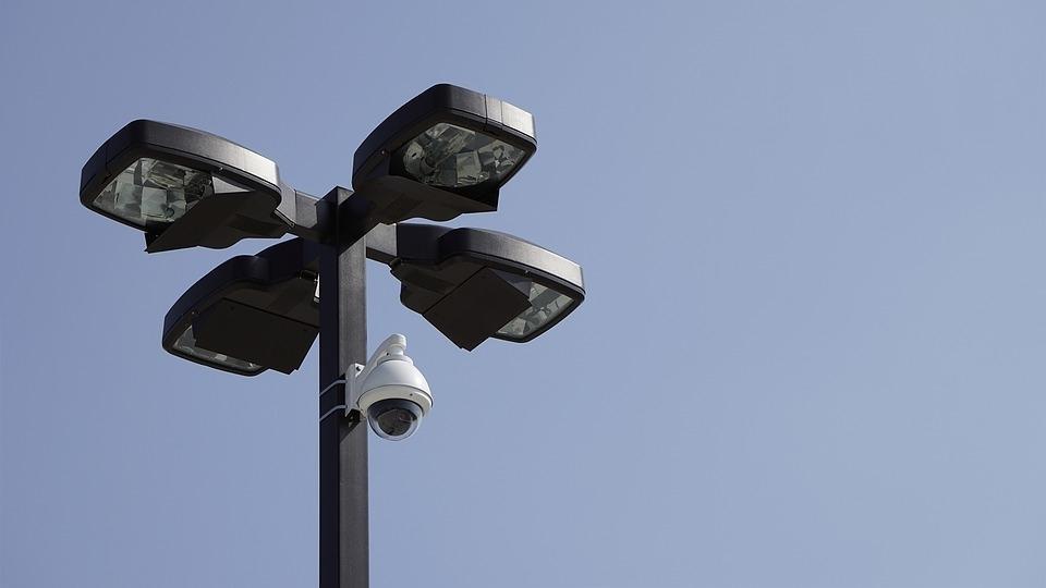 Domofoni in videodomofoni, domofonski kiti, videodomofonski sistemi, senzorska razsvetljava gallery photo no.3