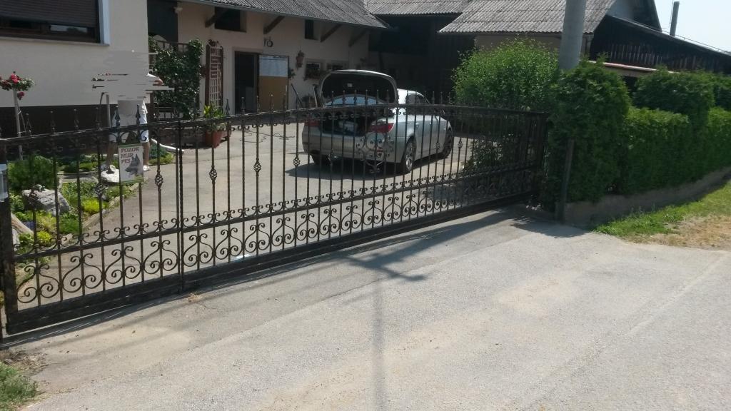 Dvoriščna, lamelna drsna vrata, Štajerska gallery photo no.10