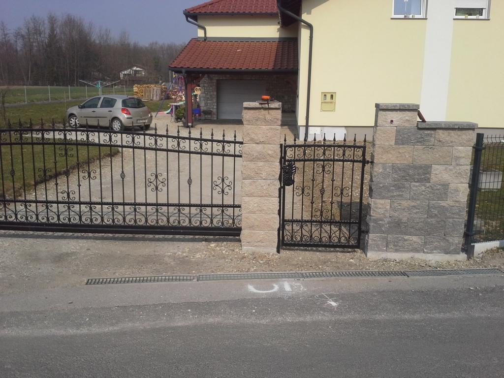 Dvoriščna, lamelna drsna vrata, Štajerska gallery photo no.18