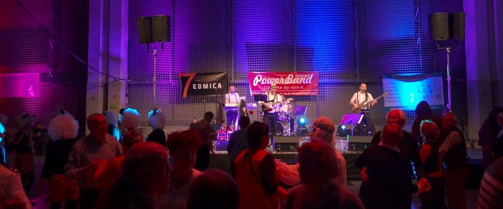 Glasba za zaključene družbe, glasba za poroke, dober band za poroko - Skupina Power Band gallery photo no.0
