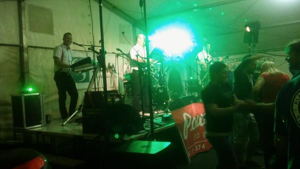 Glasba za zaključene družbe, glasba za poroke, dober band za poroko - Skupina Power Band gallery photo no.5