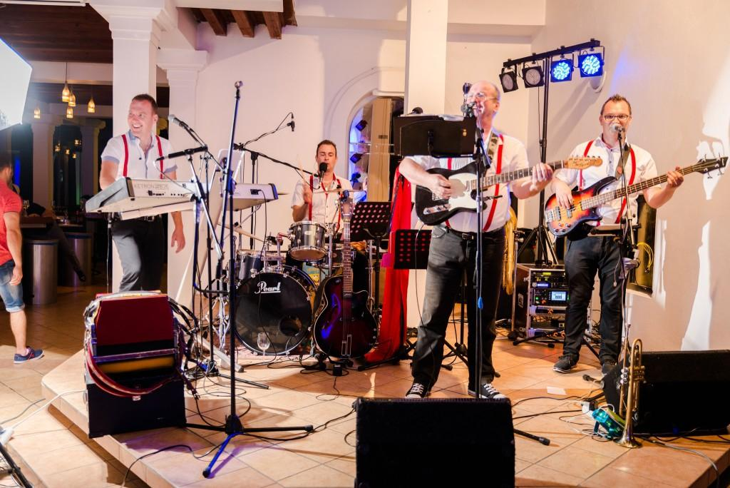 Glasba za zaključene družbe, glasba za poroke, band za poroko - Skupina Power Band gallery photo no.13