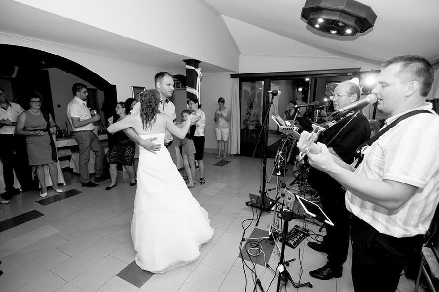 Glasba za zaključene družbe, glasba za poroke, dober band za poroko - Skupina Power Band gallery photo no.18