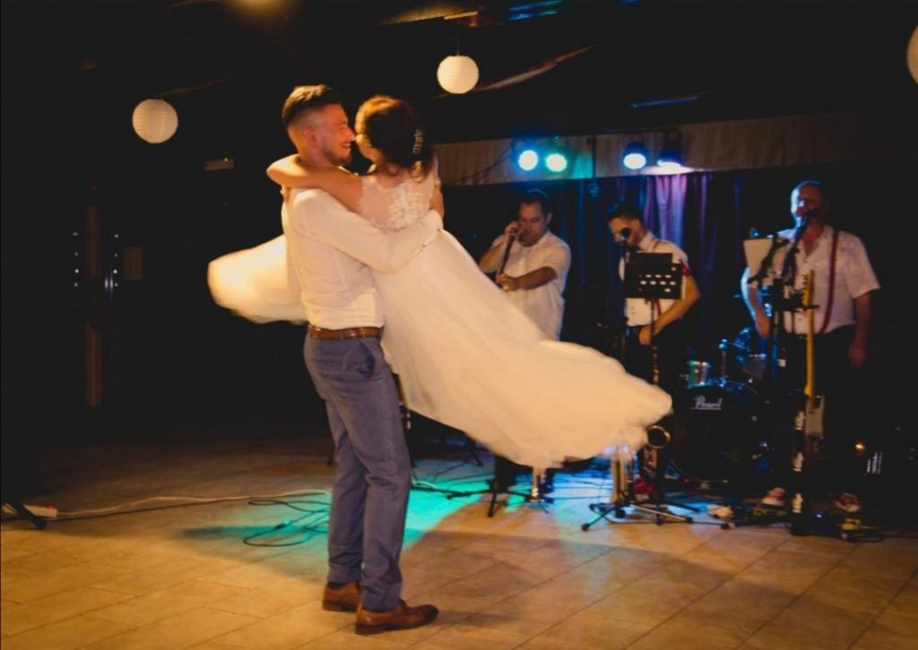 Glasba za zaključene družbe, glasba za poroke, dober band za poroko - Skupina Power Band gallery photo no.35