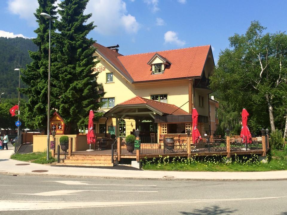 Gostilna, restavracija, catering EJGA, rooms Jesenice gallery photo no.22