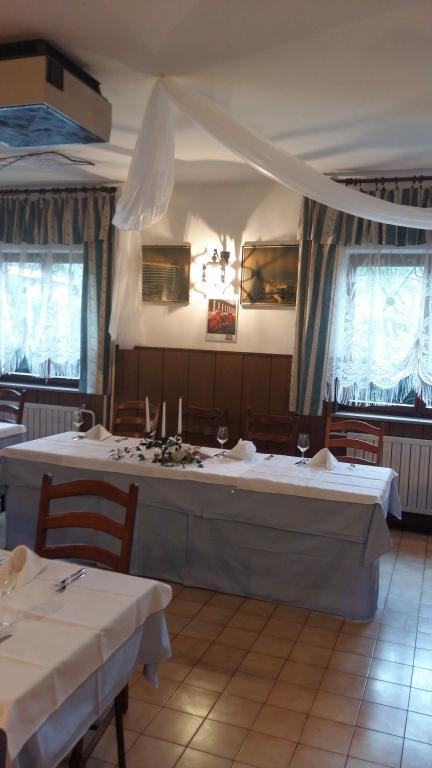 Gostilna za zaključene družbe Goriška - Gostilna Pri Olgi Šempas gallery photo no.3