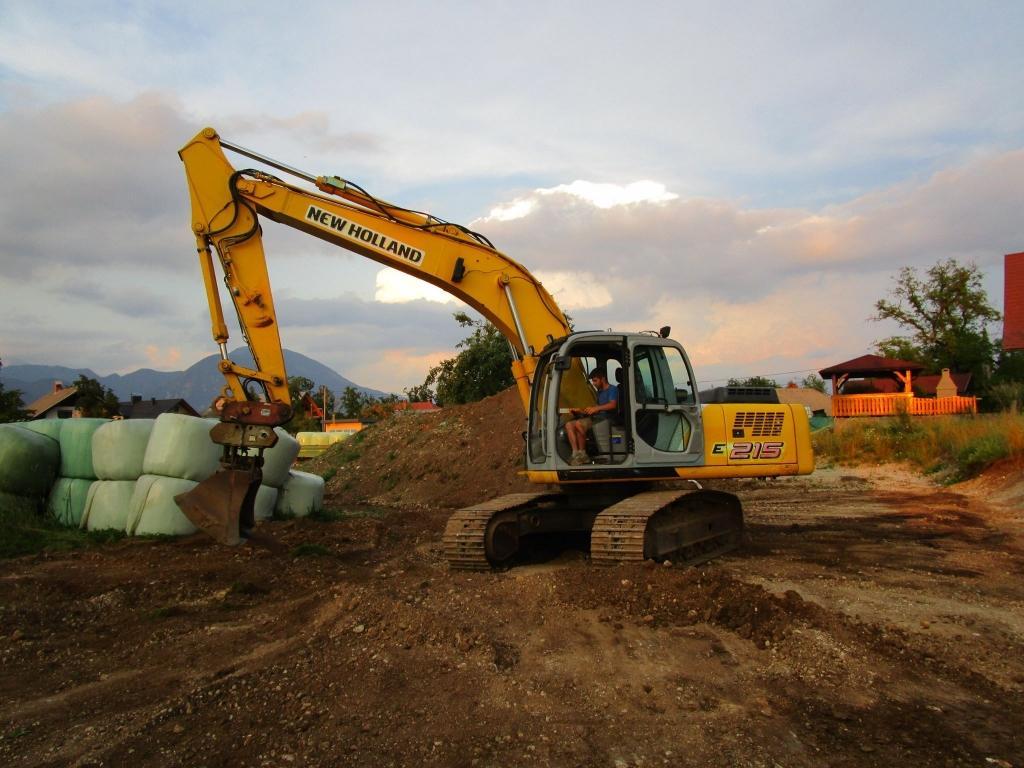 Gradnja gozdnih vlak, gradnja gozdnih cest - BAGOZD d.o.o. gallery photo no.10
