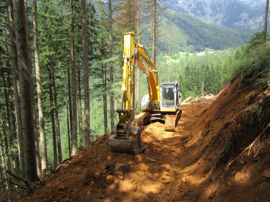 Gradnja gozdnih vlak, gradnja gozdnih cest - BAGOZD d.o.o. gallery photo no.11