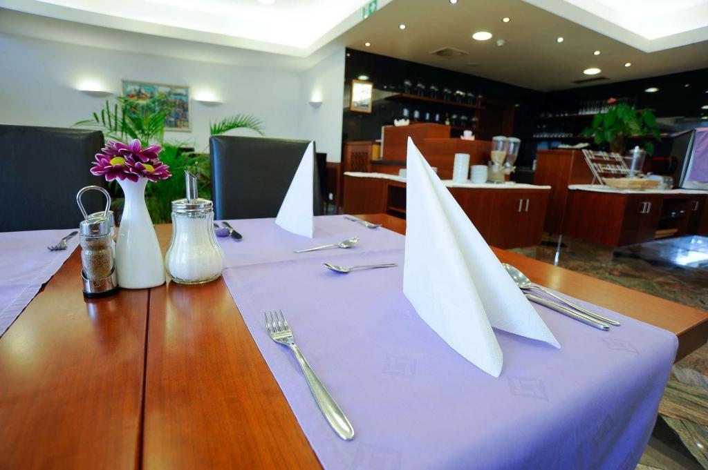 Hotel AZUL Kranj - sobe, apartments, rooms Kranj, Airport Ljubljana gallery photo no.7