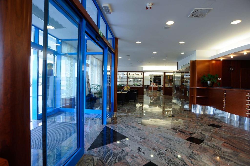 Hotel AZUL Kranj - sobe, apartments, rooms Kranj, Airport Ljubljana gallery photo no.8