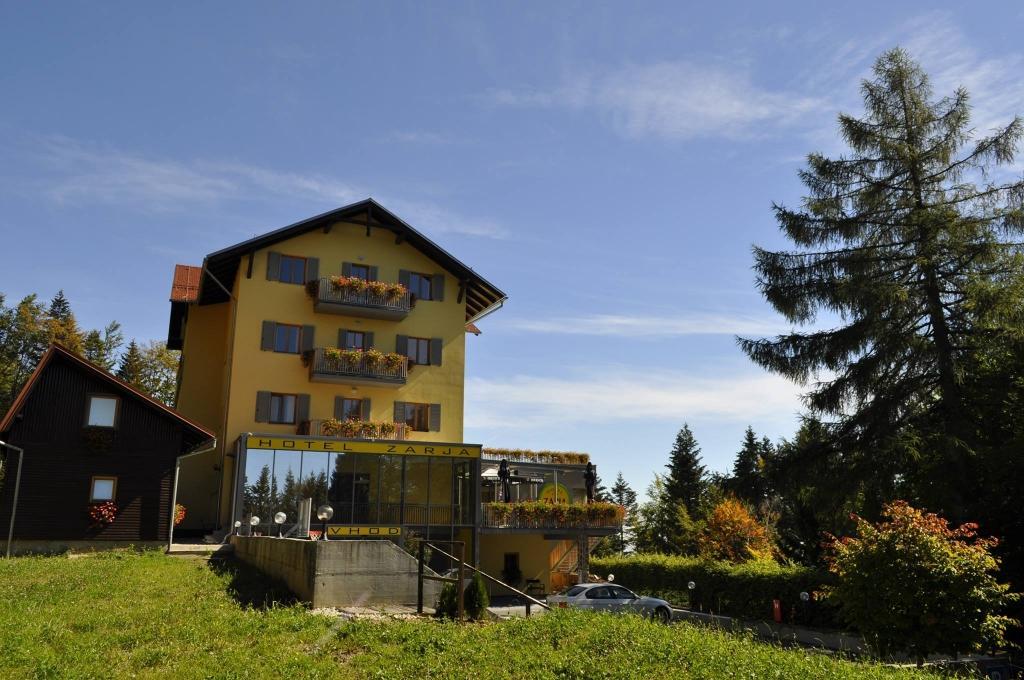 Hotel, rooms, poročna slavja, Hotel Zarja, Maribor gallery photo no.25