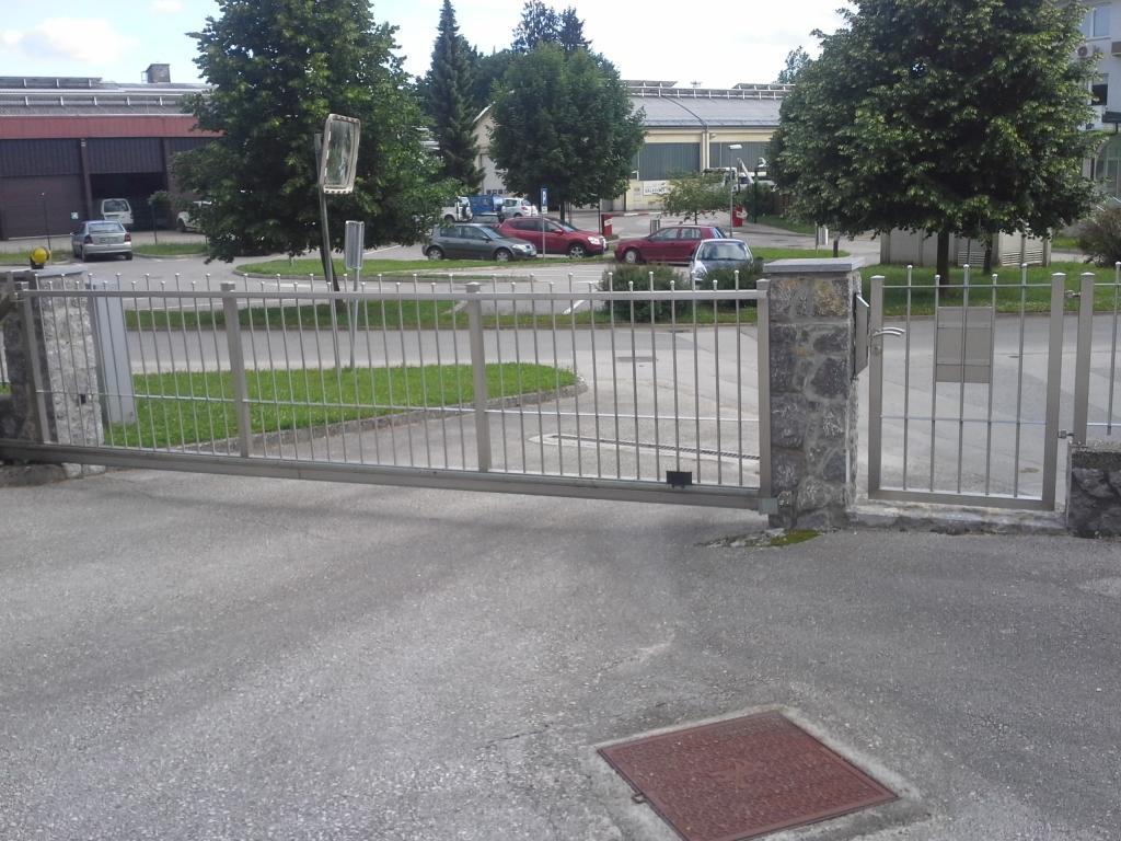 Inox ograje, dvoriščna vrata - Srečko Bregač s.p., Dolenjska gallery photo no.6