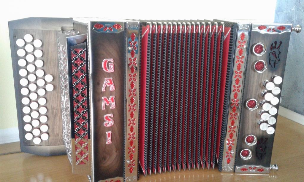 Izdelava diatonične harmonike - Harmonike Gamsi gallery photo no.13
