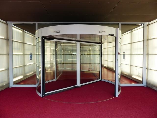 Izdelava, montaža steklenih ograj, steklene kuhinjske obloge, SIT Steklarstvo gallery photo no.2