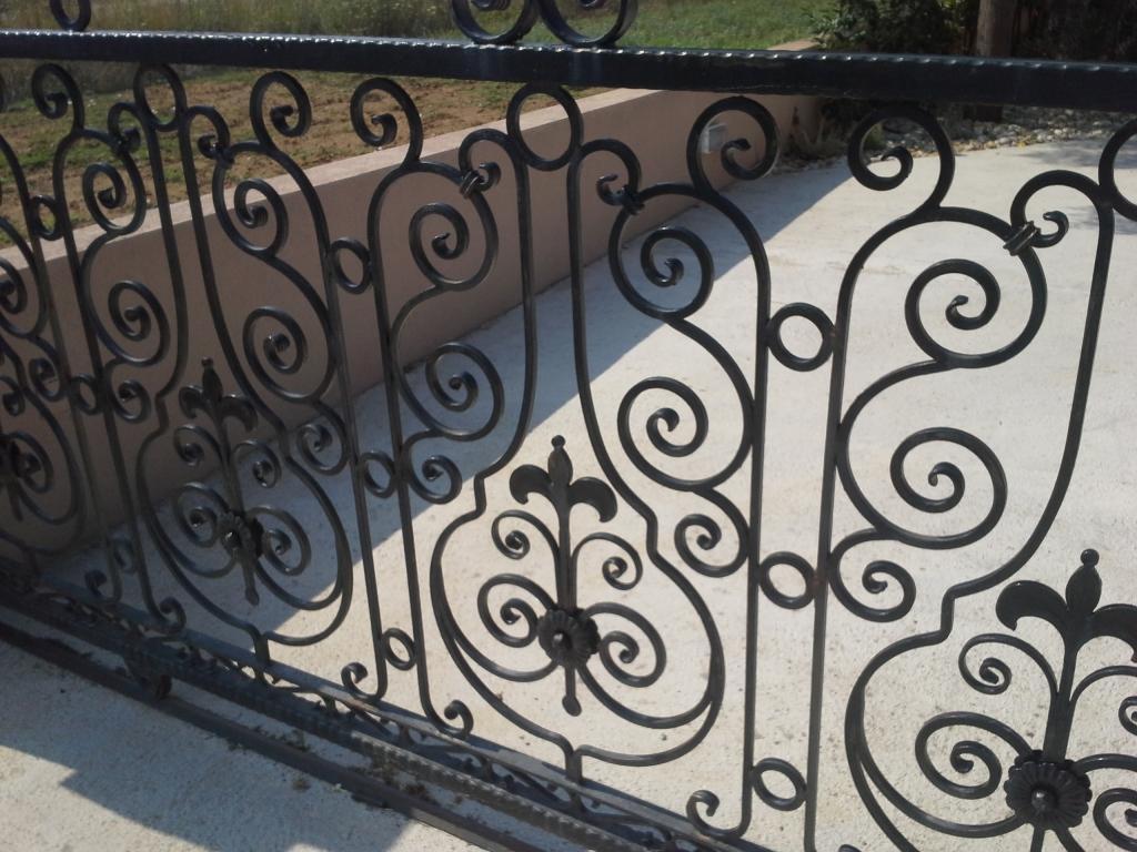 Izdelava, montaža unikatnih kovanih ograj, unikatne kovane ograje gallery photo no.1