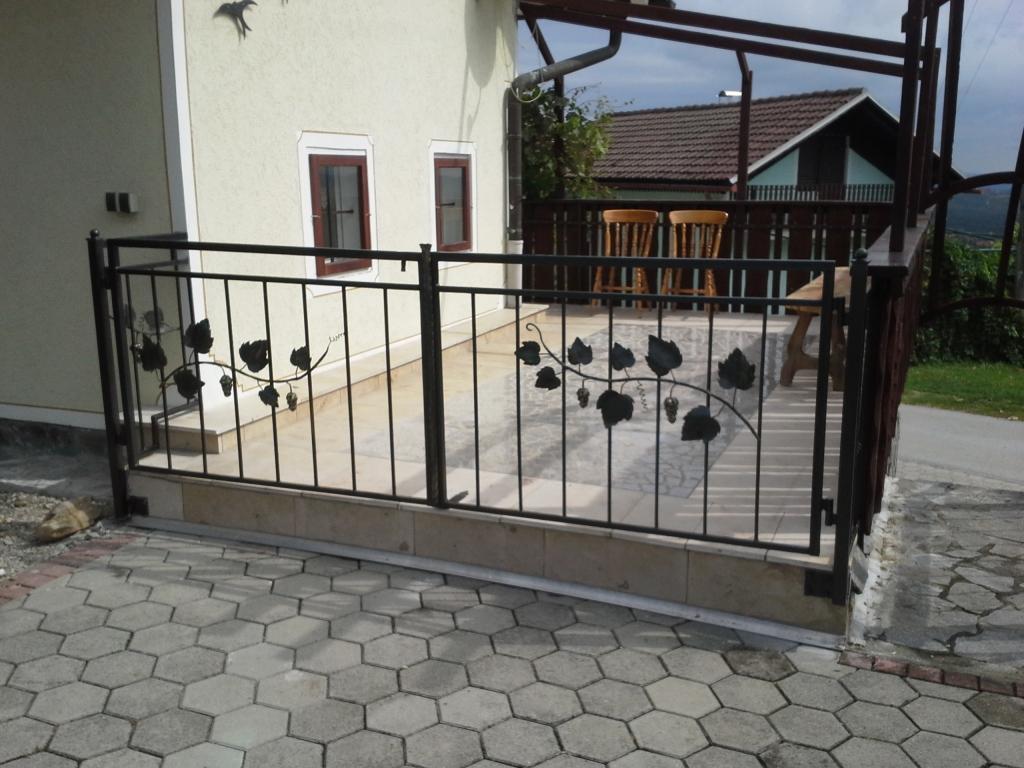 Izdelava, montaža unikatnih kovanih ograj, unikatne kovane ograje gallery photo no.2