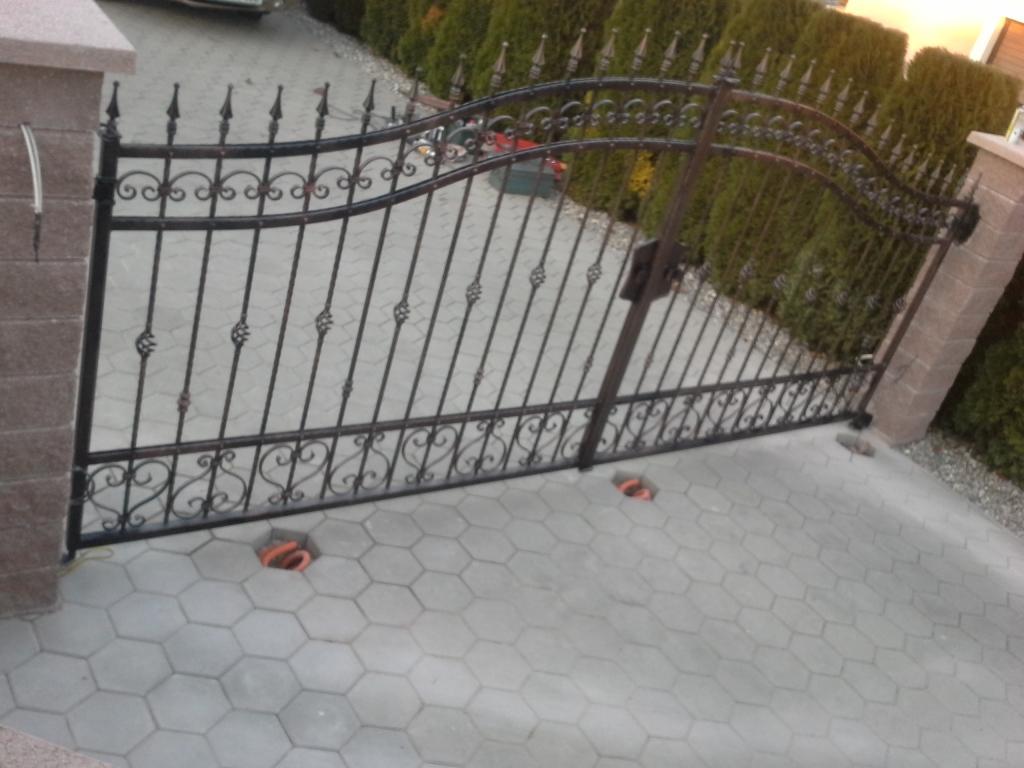 Izdelava, montaža unikatnih kovanih ograj, unikatne kovane ograje gallery photo no.6