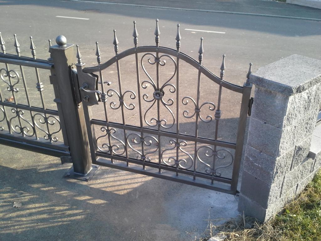 Izdelava, montaža unikatnih kovanih ograj, unikatne kovane ograje gallery photo no.7