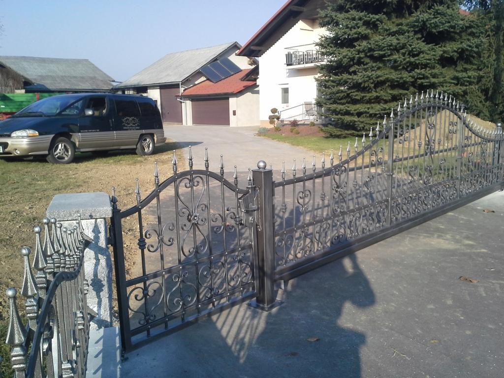 Izdelava, montaža unikatnih kovanih ograj, unikatne kovane ograje gallery photo no.8