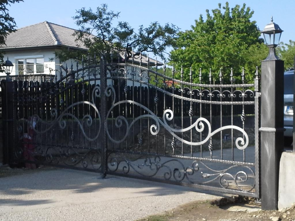 Izdelava, montaža unikatnih kovanih ograj, unikatne kovane ograje gallery photo no.12