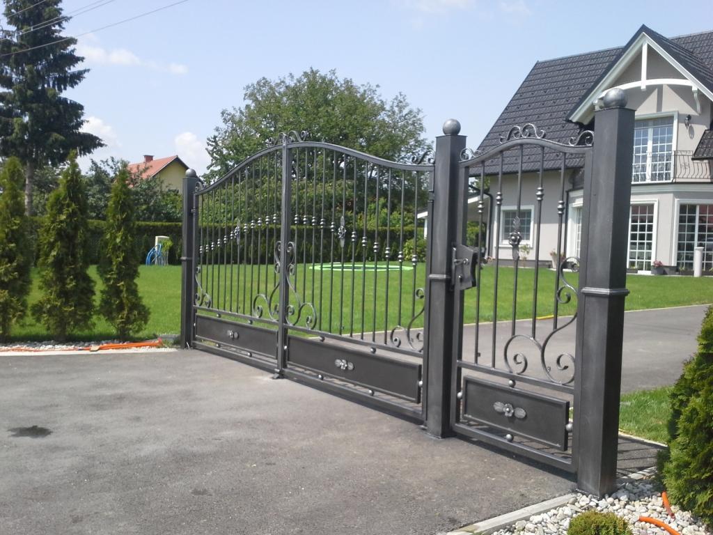 Izdelava, montaža unikatnih kovanih ograj, unikatne kovane ograje gallery photo no.14