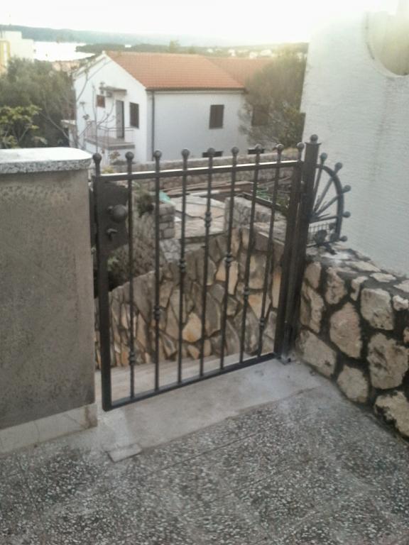 Izdelava, montaža unikatnih kovanih ograj, unikatne kovane ograje gallery photo no.16