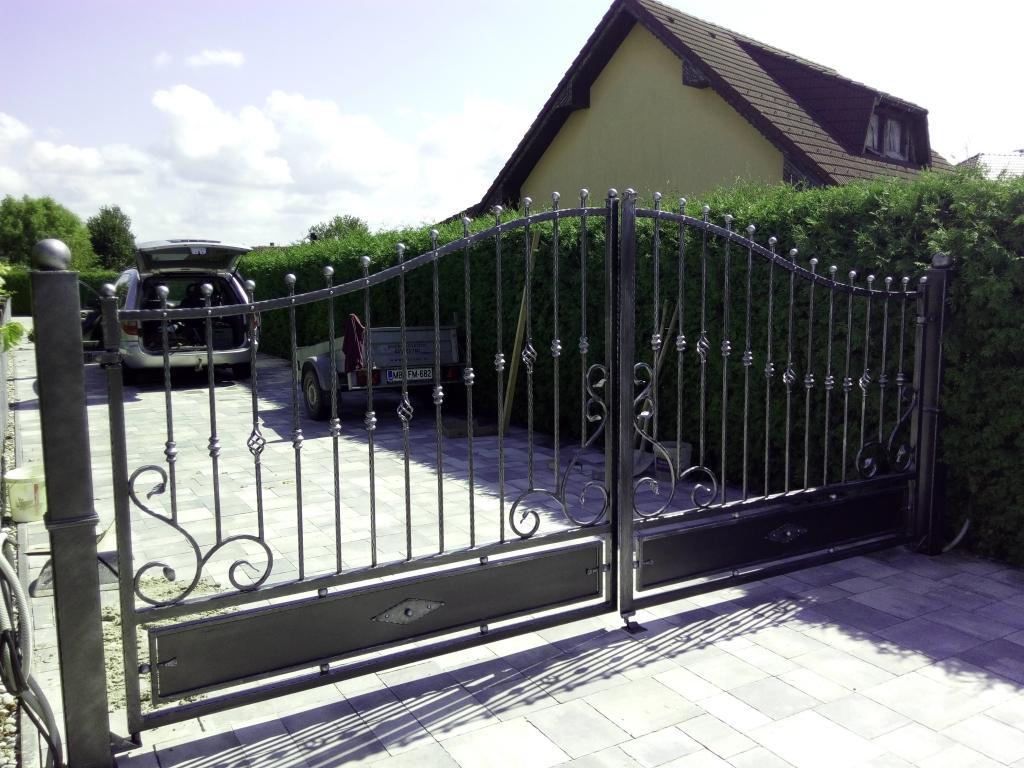 Izdelava, montaža unikatnih kovanih ograj, unikatne kovane ograje gallery photo no.17